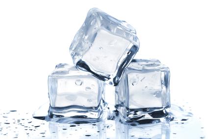 Smeg Kühlschrank Immer Vereist : Vereister gefrierschrank